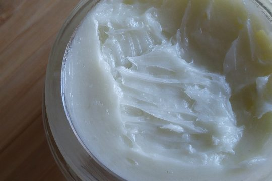 DIY Natural Natural Hair Pomade by Krys, Naturally!